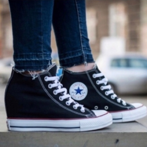 Chuck Taylor Lux Wedge Black 11 Womens